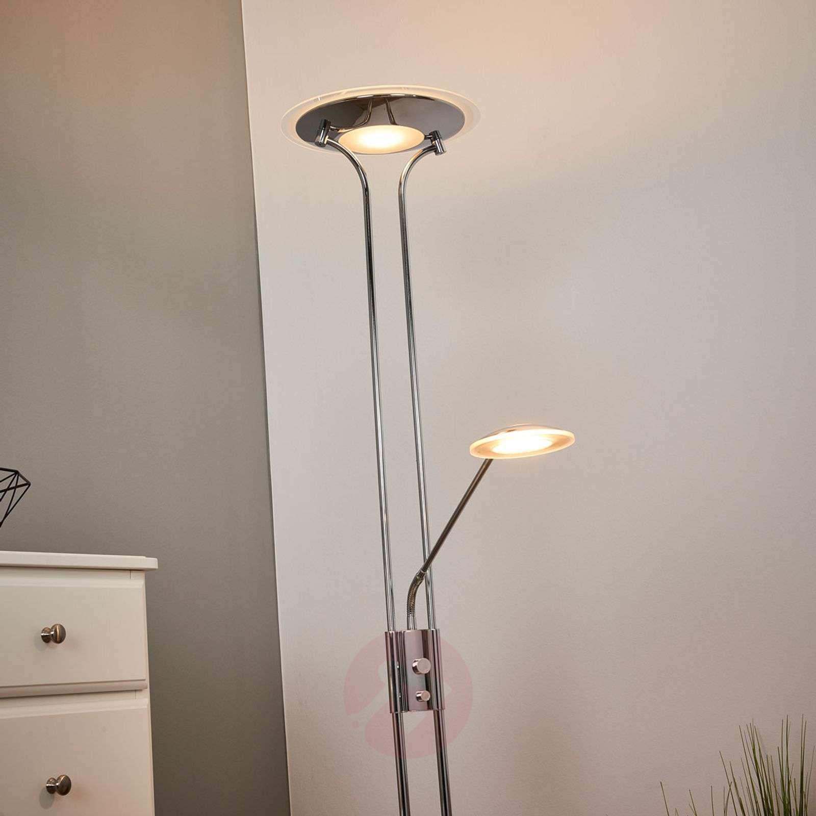 Lampa stojąca LED Aras z lampką do czytania, chrom-9945224-01