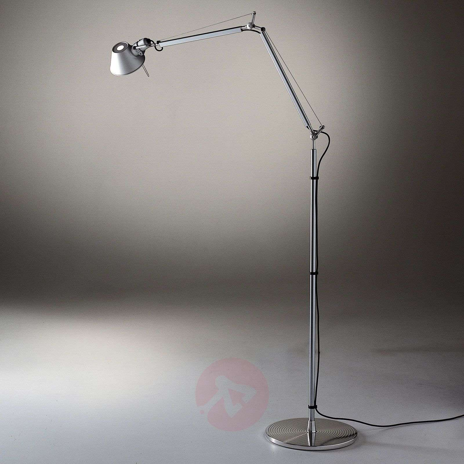 Artemide Tolomeo Reading lampa stojąca LED 3 000 K